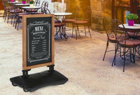 Kundenstopper Holz MEAT - Restaurant