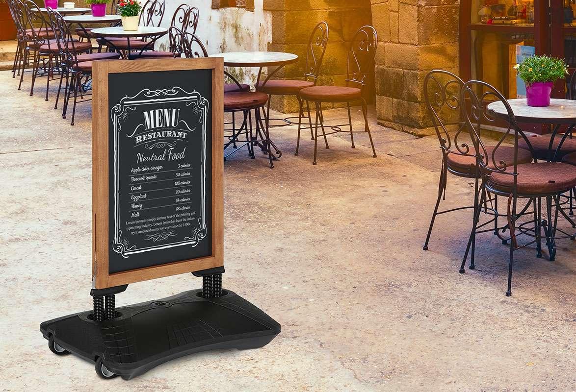 Kundenstopper Holz MEAT – Restaurant